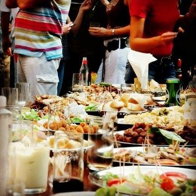 Closeup of a Dinner Platter at a Special Event